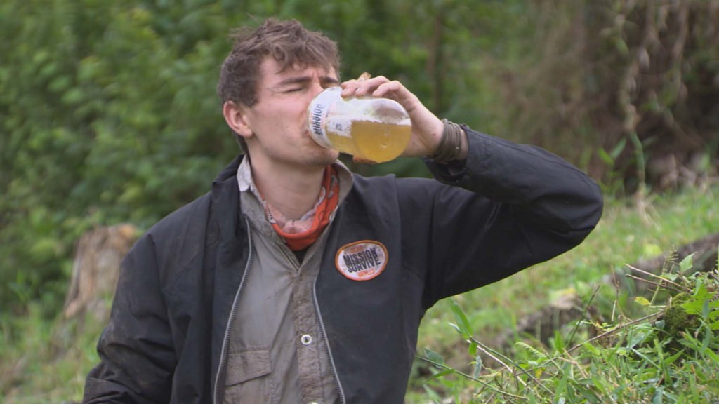 Drinking urine in a survival situation