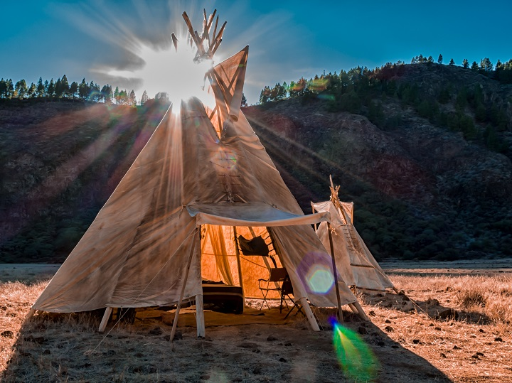 How Does a Teepee Tent for Camping Work